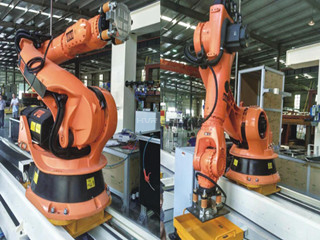 How should the automobile manufacturing industry control costs easily with robotic handling?