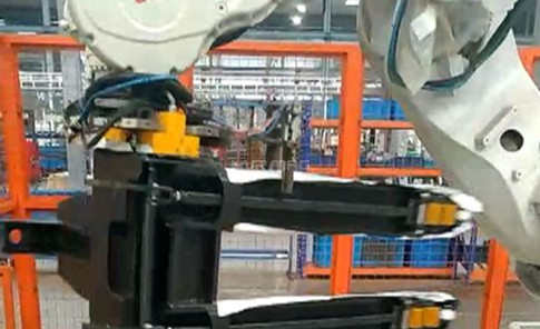 Magnetic Pick and Place of Fork Carriage - Magnetic Gripper on ABB Robot
