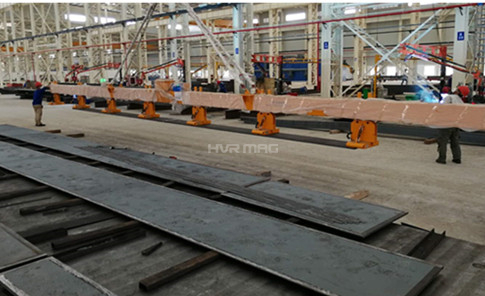 Lifting Narrow Steel Plates in Different Lengths