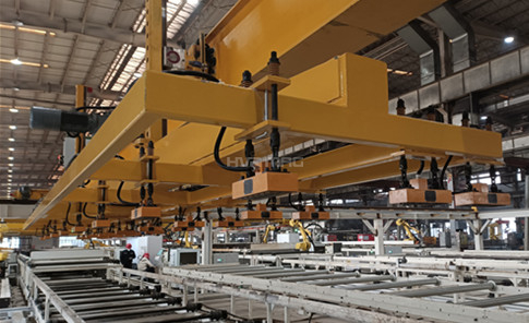 Efficiently Loading Steel Plate & Unloading Cut Parts