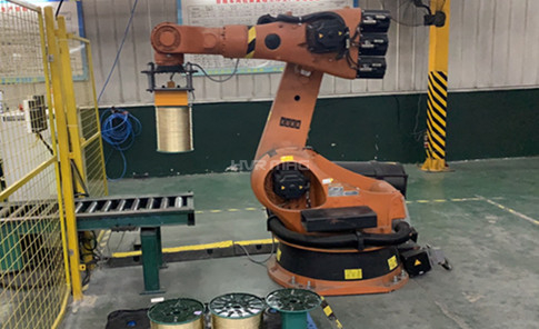 Steel Wire Spool Picking with Electro Magnet Gripper in Packing Line