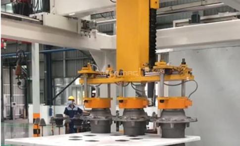 Cartesian Robot Depalletizing Steel Wheel Hubs with Customed Magnetic Gripper