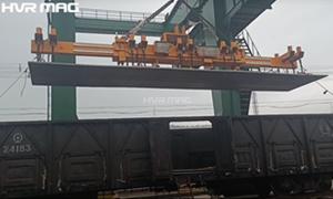 Freight Yard Steel Plate Handling Equipment - HVR MAG